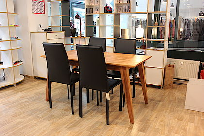 holzm blerei stuttgart tische b nke hocker. Black Bedroom Furniture Sets. Home Design Ideas
